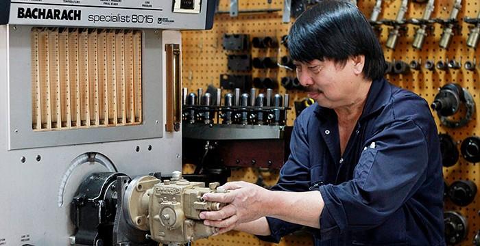 https://www.tats.com.sa/wp-content/uploads/2012/01/Fuel-Shop-2-700x360.jpg